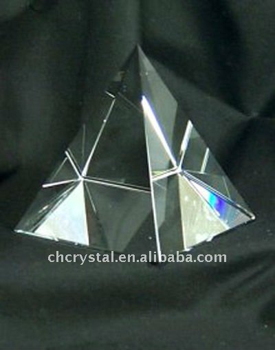 glass crystal pyramid paperweight MH-JT0035