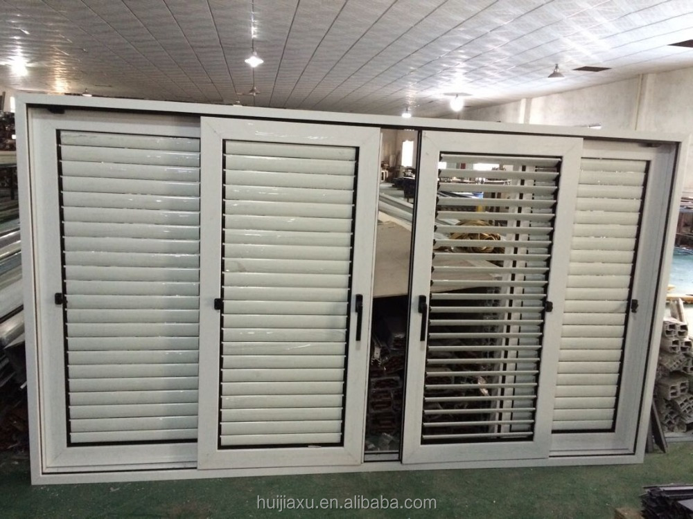 La puerta del garaje puerta enrollable puerta de - Puerta de garaje automatica ...