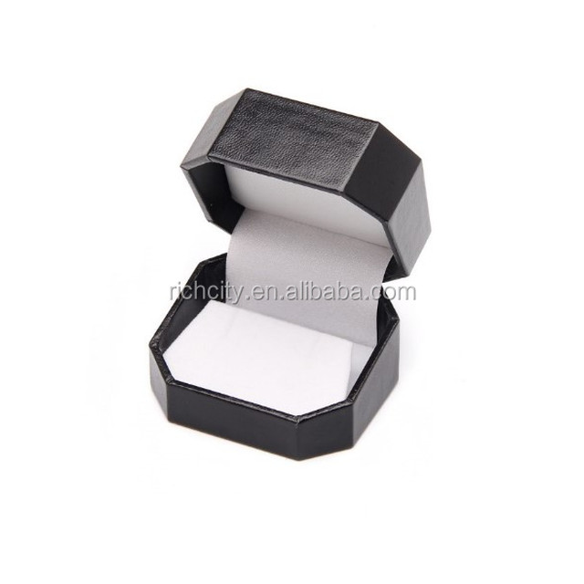 Octaganol Design Earring/ Pendant Plastic Gift Box with Black Leatherette Wrapped. (G7 EP-4)