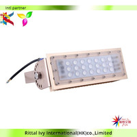 China Factory High Quality 30W Led Rechargeble Flood Light Ce Rohs Led Emergency Ip65 Outdoor Portable Flood Work Light