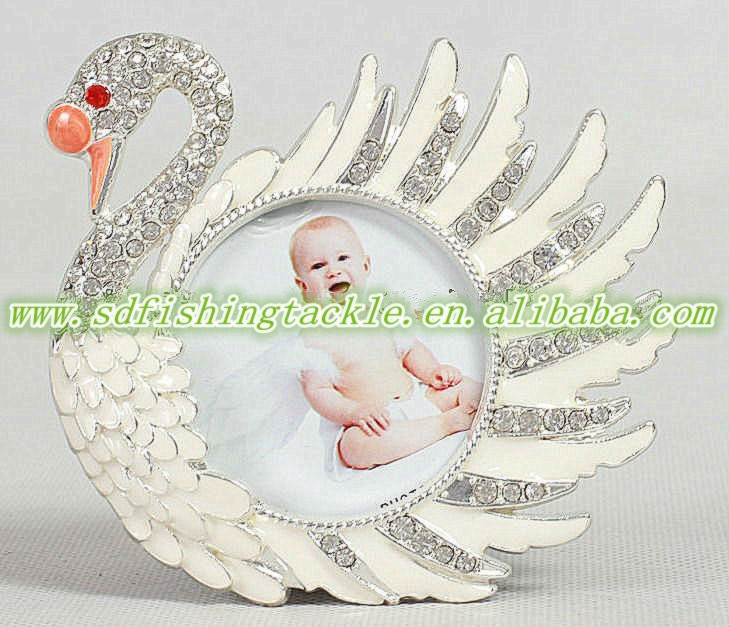 Top quality swan baby photo frames for promotiom