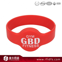 Cheap customized Icode slix-s nfc wristband silicone