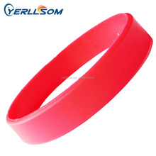 Hot Selling Customized pantone color silicone bracelets for Promotional gifts YZ003