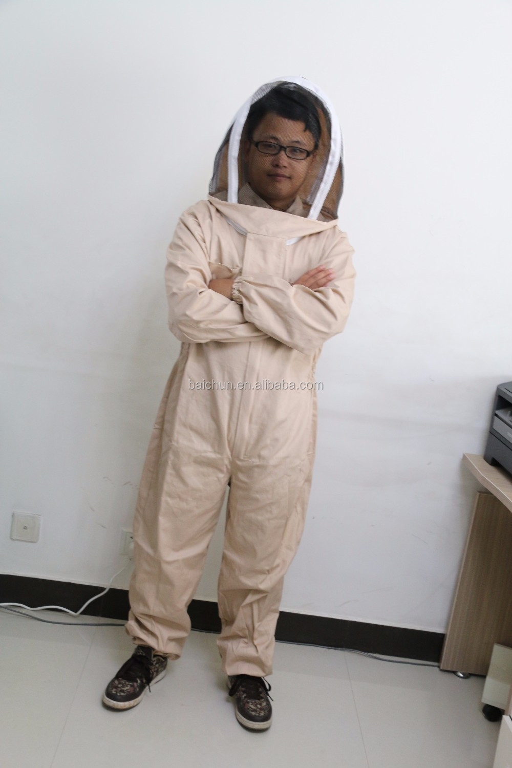 Factory Price beekeeping suit ,hat and gloves