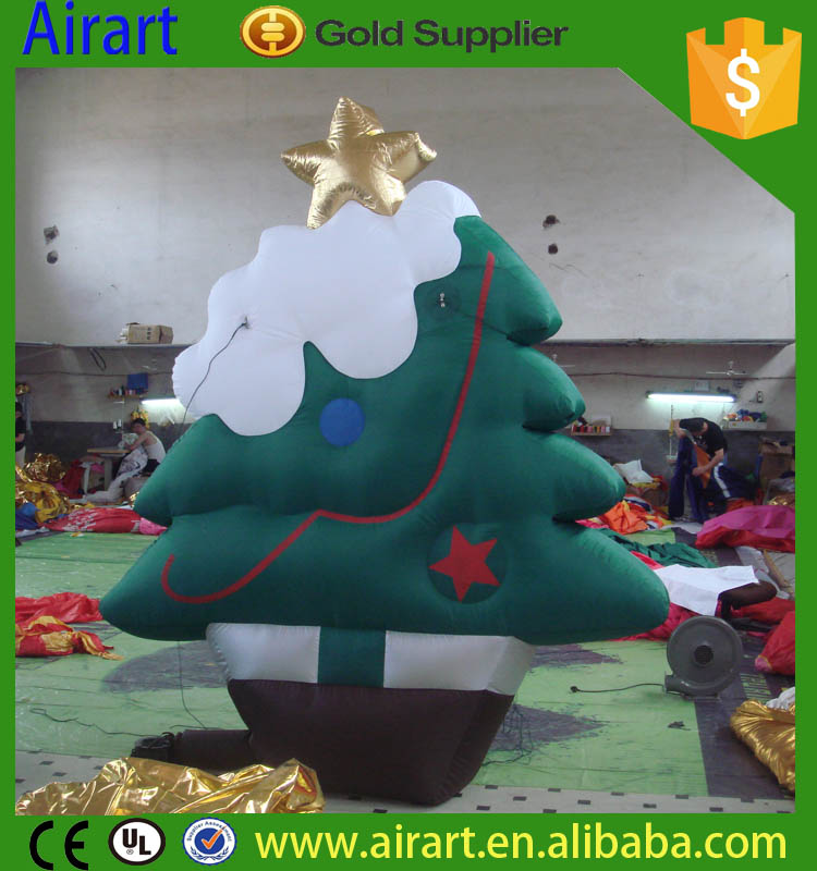 The high quality of the custom inflatable Christmas decorating the Christmas tree