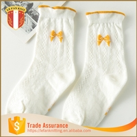 One finger in los angeles 100 cotton custom athletic socks