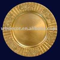 gold enbossed plastic charger plate