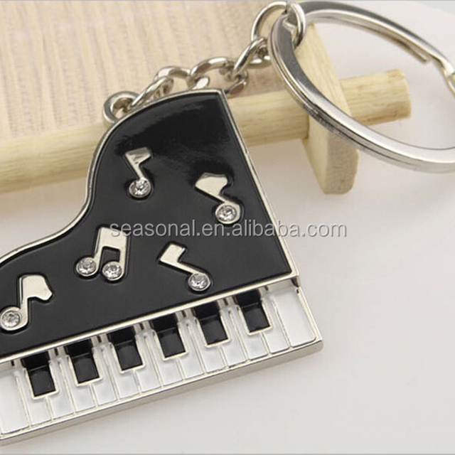 OEM zinc alloy mini Piano, electronic organ with rhinestone keyhcain for girl gift
