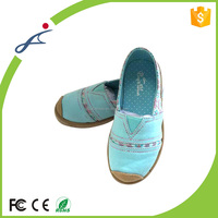 Professional custom canvas slip-on breathable kids shoes for girl