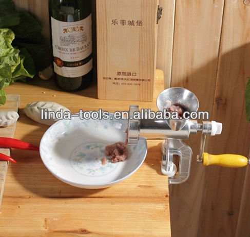 HAND OPERATED MANUAL MEAT MILL MEAT MINCER MEAT GRINDER NO.32