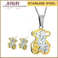 Fashion 18K Gold Jewelry Sets 316L Stainless Steel Lovely tousingly Bear Necklace Jewelry Sets For Women