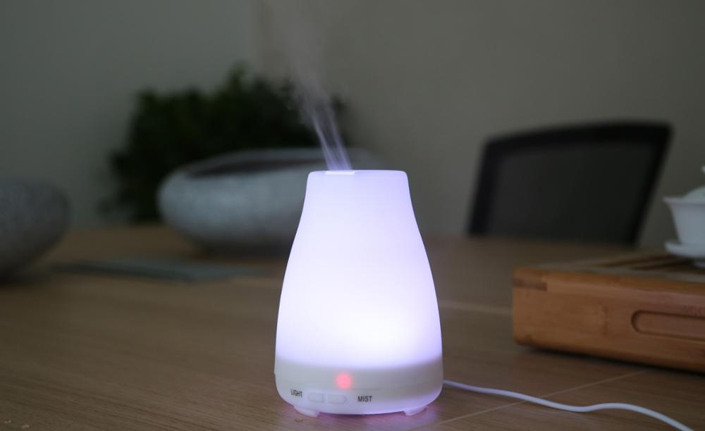 Fashionable gift in Amazon Hot sale mini ultrasonic aroma diffuser air humidifier