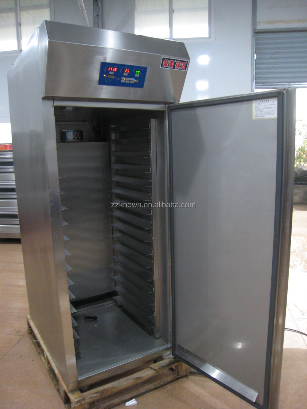 Digital Control With Steam Humidification Bakery Retarder