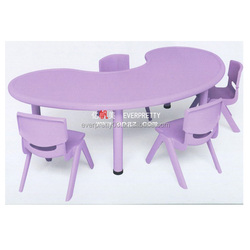 Plastic furniture kids table with chair for kindergarten