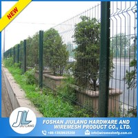 counter bending for protecting welded wire mesh fence