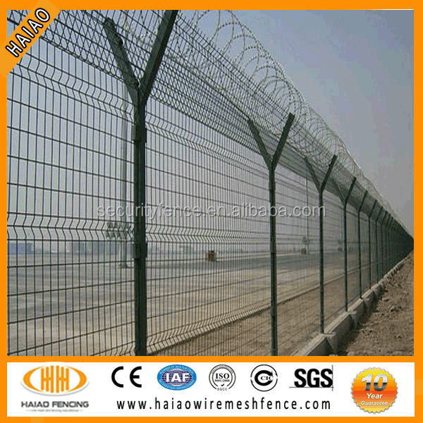 Anping manufacturer hot sale pvc coated airport security fencing