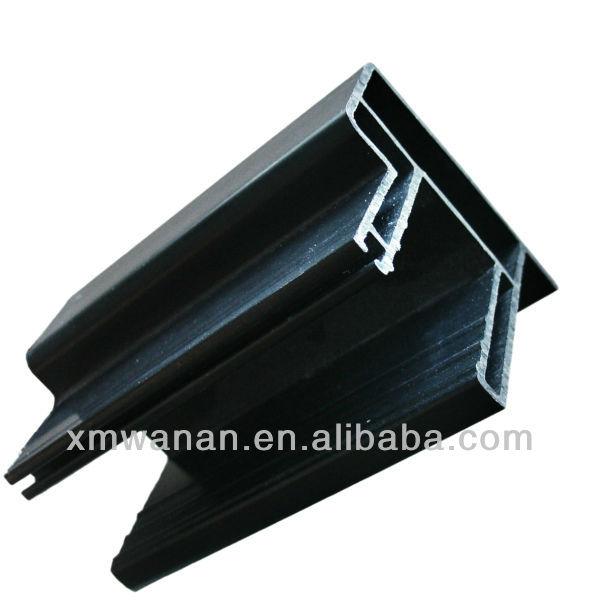 Schwarz kunststoff profil pvc fensterrahmen baumaterialien for Fensterrahmen kunststoff