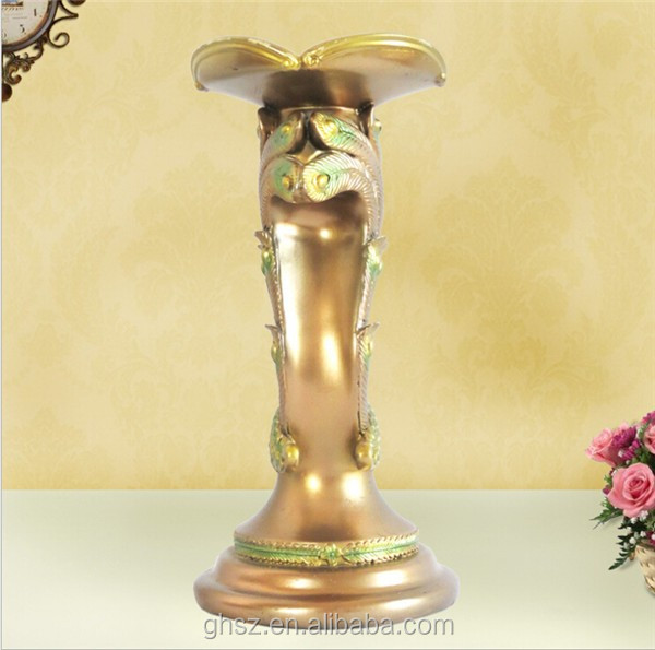 manufacturer customized resin peafowl candle holder