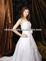 New design beautiful wedding dress 2012
