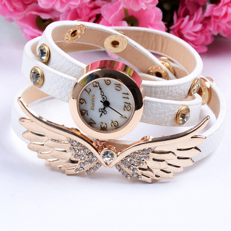 Wholesale New design angel wings lady leather chain bracelet fashion lady watch