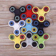2017 Hot Tri EDC Hand Spinner Fidget Finger Ball Focus plastic Hand Desk Kids ABS TOYS basic style