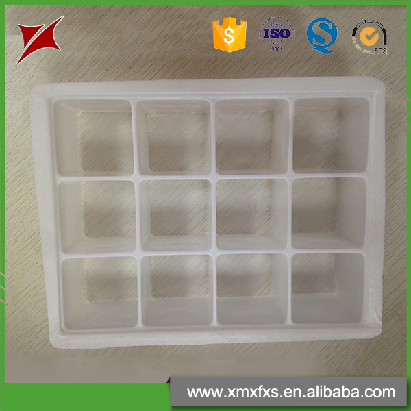 2016 Latest recyclable plastic PET compartment fancy ice cube trays
