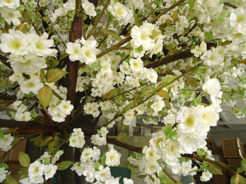 GNW BLS1508001 white color artificial blossom tree for wedding decoration
