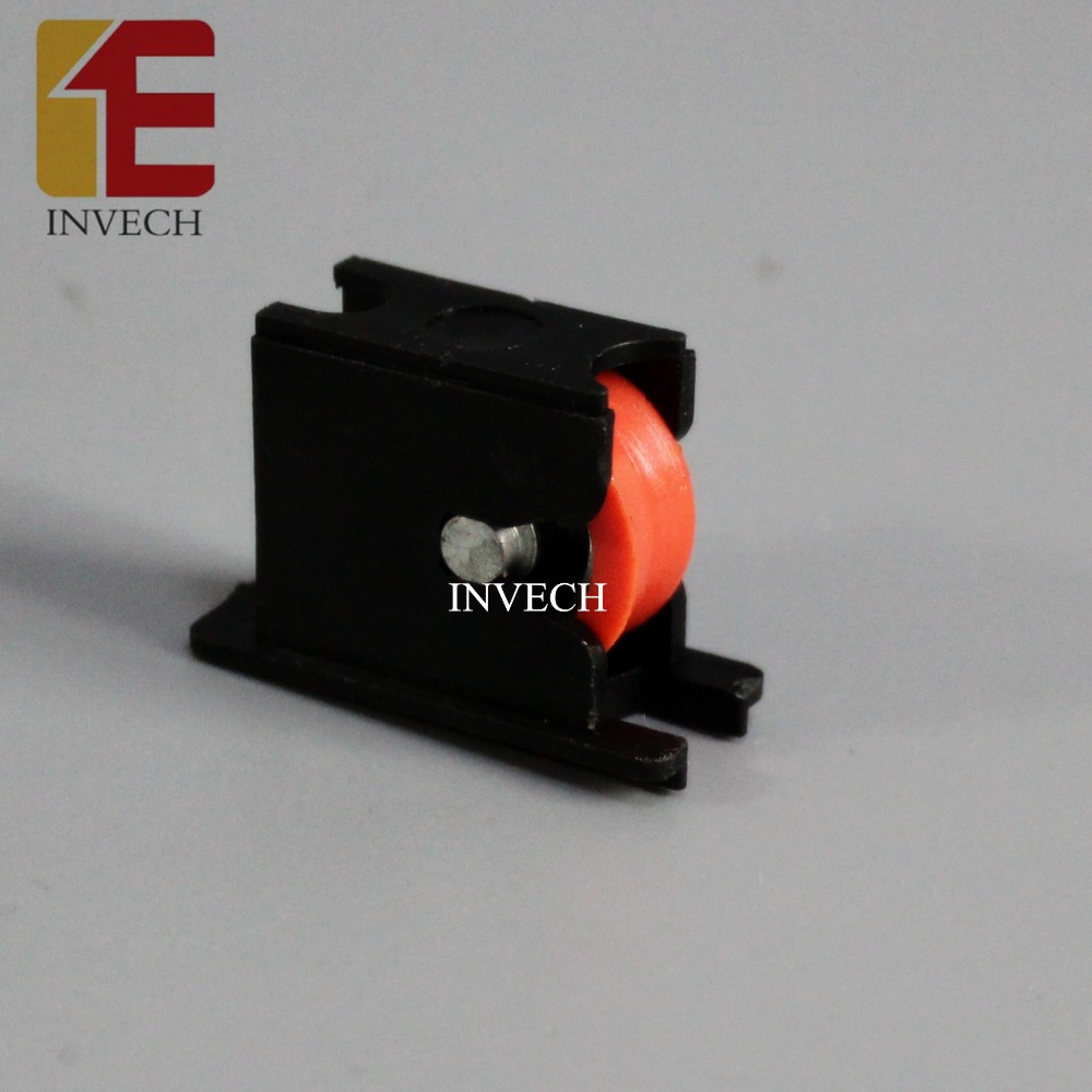 China Manufacturer Nylon Small Screen Window Roller