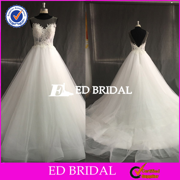 Real Sample Sleeveless Lace Appliqued Beaded Bohemian Wedding Dress 2017