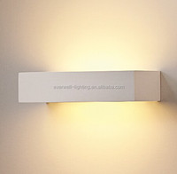 factory price wall lamp white color