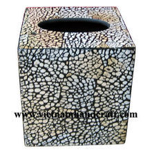 Eco-friendly handpainted vietnamese lacquered tissue box inlaid with eggshell