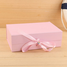 ribbon closures folding personalised gift box