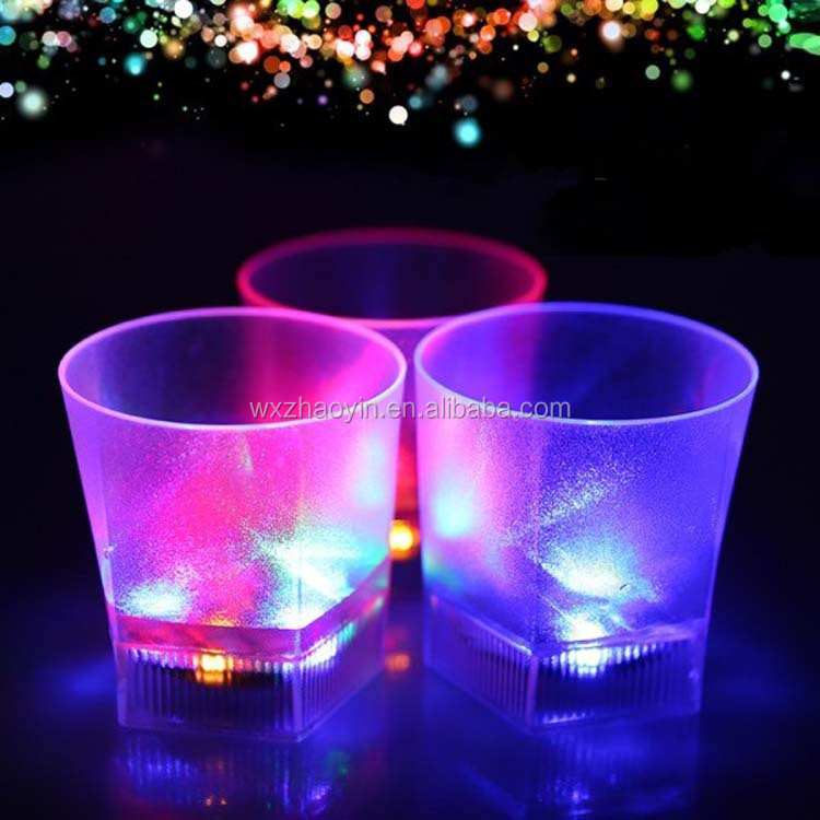 Factory Direct Sale Luminous Cup Luminous Light Cup/LED Flashing Glass/LED Light Cup
