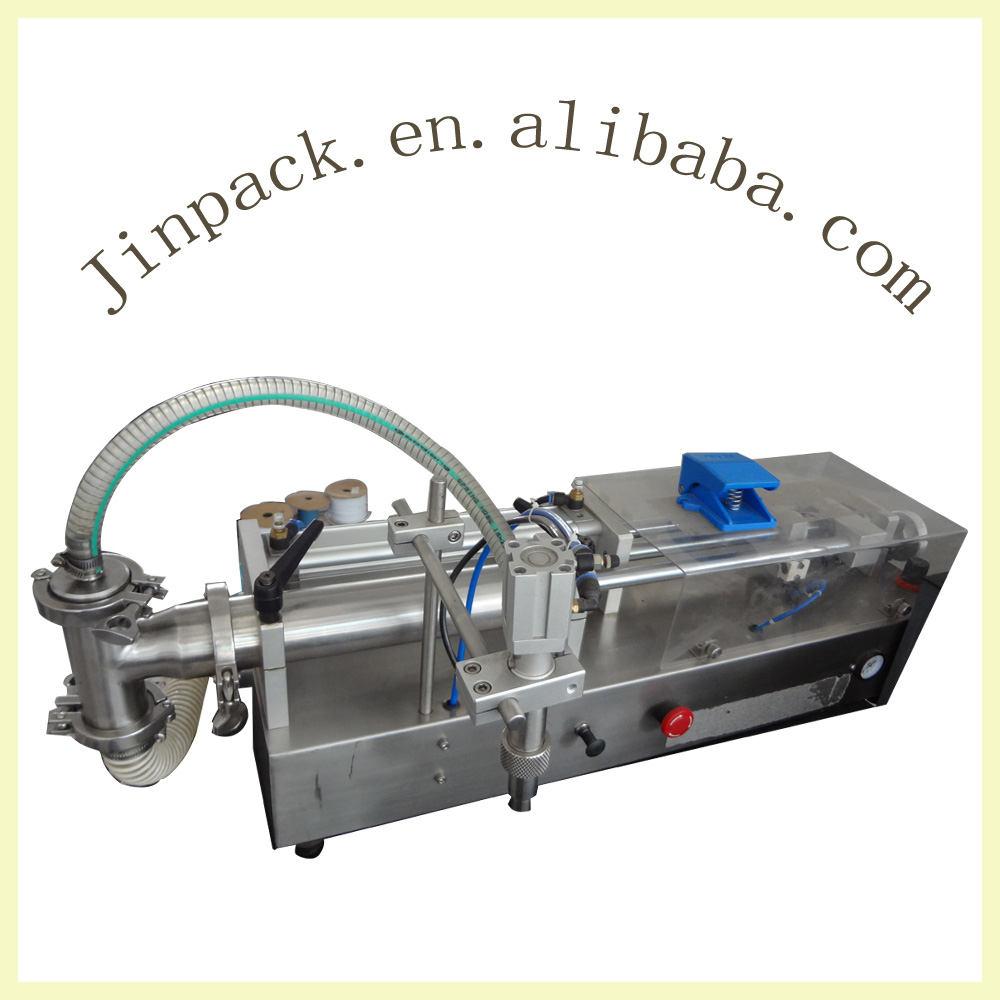 High accuracy semi automatic small carbonated drink filling maching