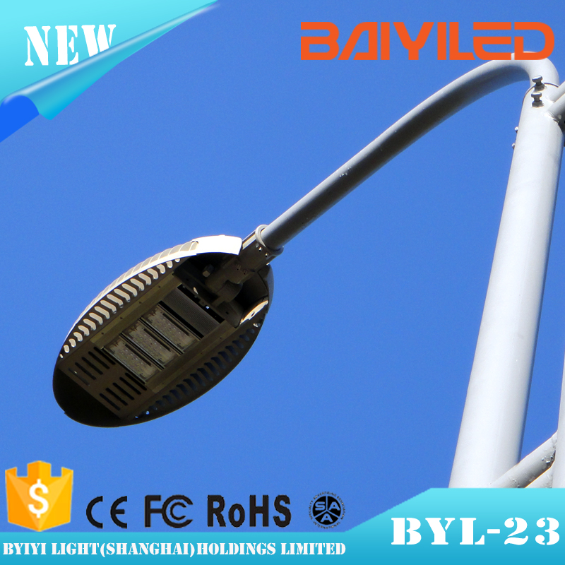 high quality materials 100w solar led daylight sensor street light