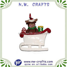 Lovely christmas outdoor decorations resin figure