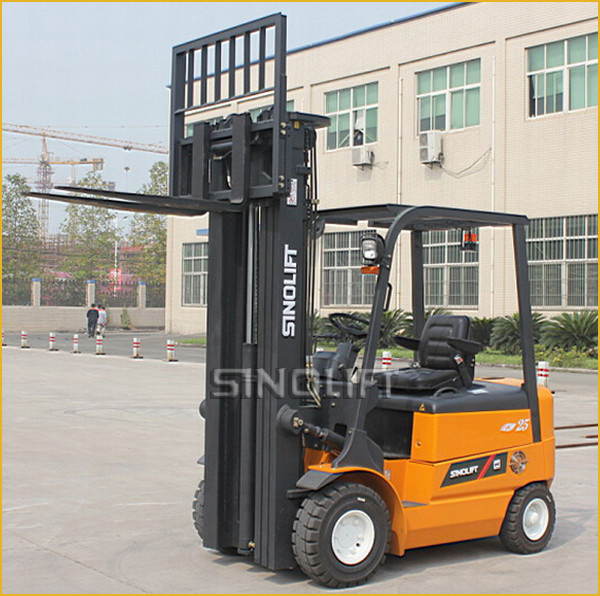 Sinolift CPD-J Series 1.5-3T Four Wheels Electric Forklift With AC Motor