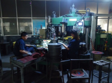 Grinding & Cutting wheel production 3