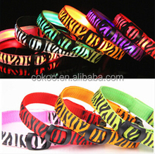 Hot Sell Christmas Gift LED Nylon zebra-stripe Puppy Dog Collars Pet Products Night Safety Light-up Flashing Present
