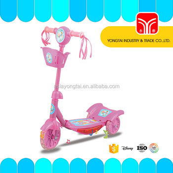 Children scooter with music light