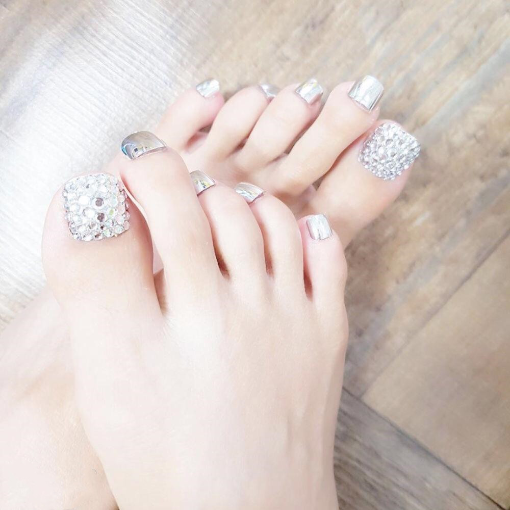 2018 Hot Korea Style glitter crystal 3d Artificial Toe Nail Tips  Pre-design for beauty