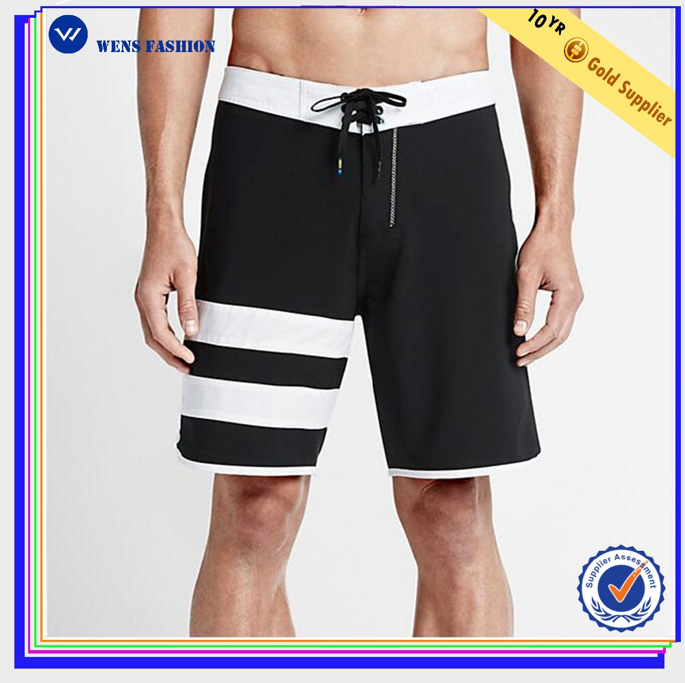 Patch pocket water-repelling stretch fabric mens board shorts
