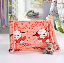 Factory Direct Order Bear Printed Portable Cheap Coral Fleece Baby Blanket
