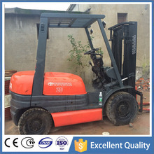 FD20 Toyota Forklift From Japan , Excellet Condition and Cheap Price 2 Ton Used Forklift Toyota