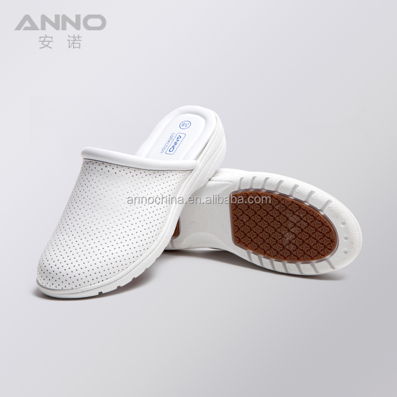 Comfortable leather hospital nurse white clogs medical
