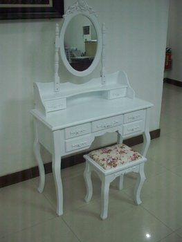 Modern dressing table with mirror and stool