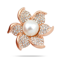 Large Fashion Chandelier Flower Clothes Brooch Pins Pearl Bouquet Handmade Women Pins Clip For Dress