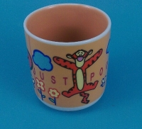 YF18280 handless pooh ceramic mug Disney approved