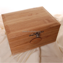 Small wood cake boxes with Custom Logo