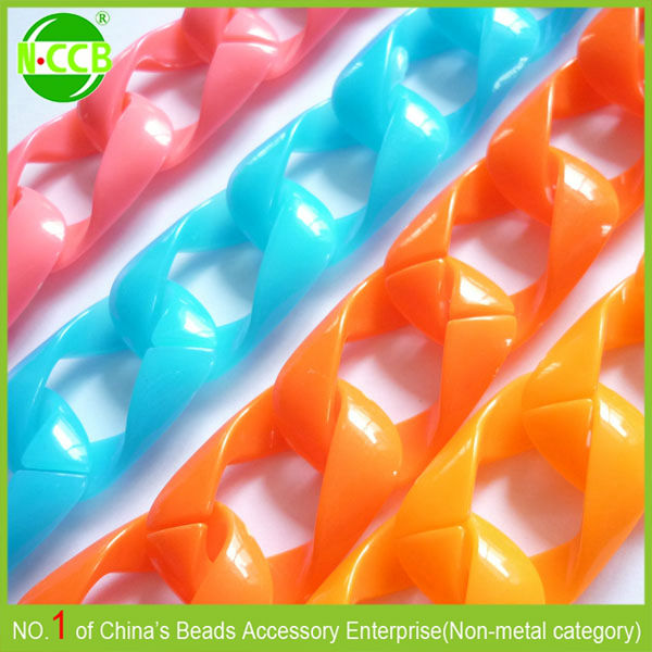 China wholesale factory price colorfed decorative plastic coated bead chain
